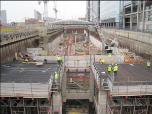 2345_Canary_Wharf_Crossrail_-_construction_progress.jpg