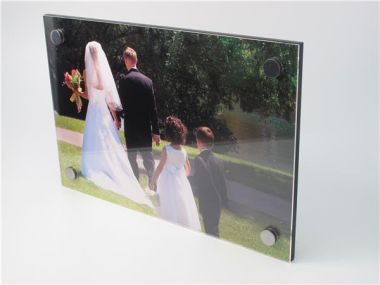 Visionwall - Acrylic Wall Display
