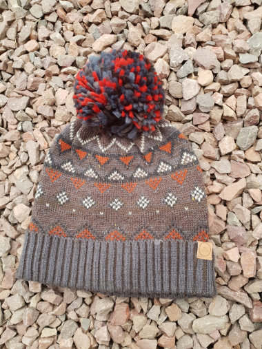 Mens Patterned Bobble Hat