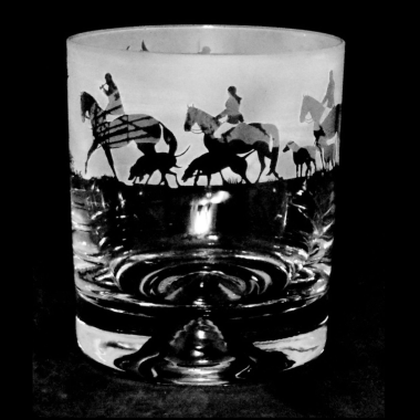 Whisky Tumbler Engraved Hunting Scene