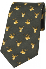 Country Silk Tie - Stags Heads on Green