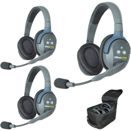 Eartec UltraLITE 3 person system with 3 Double Headsets, batteries & case