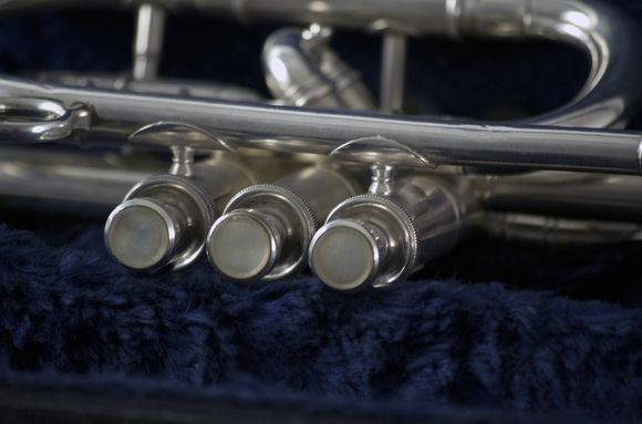 Secondhand Besson New Standard Bb Cornet Frosty Silver