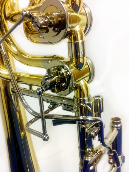 Rath R900 Bb/F/Gb Bass Trombone