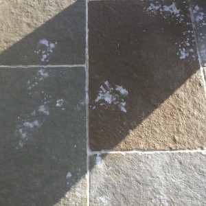cif-bathroom-spray-on-tumbled-pietra-limestone
