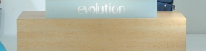 Evolution Classic Reception Desks