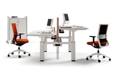 Mobus Electronic Height Adjustable Twin Desks