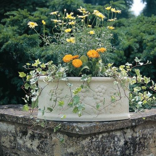 Chatsworth Corner Planter