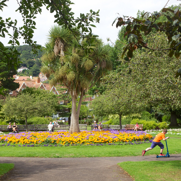 Picnic in Blenheim Gardens